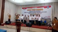 KPUD Garut, Jawa Barat, telah melakukan pengundian nomor urut calon peserta pilkada Garut dengan lancar. (Liputan6.com/Jayadi)