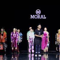 Menuai prestasi, simak presentasi MORAL di  Pekan Mode Harbin, Cina