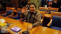 Anggota BPK, Achsanul Qosasi menghadiri rapat dengan Pansus Pelindo II di Jakarta, Kamis (22/10/2015). Pansus Pelindo meminta hasil audit BPK terhadap perusahaan yang diduga merugikan negara dalam kasus Pelindo II. (Liputan6.com/Johan Tallo)