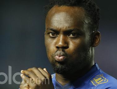 Debut Pemain Bintang Persib Bandung, Michael Essien dan Carlton Cole di Laga Resmi Liga 1