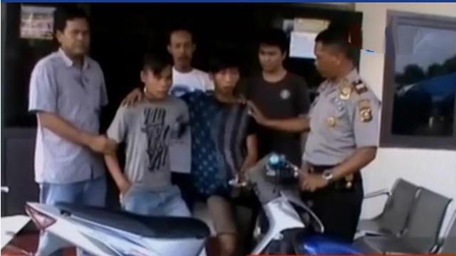 2 Pencuri sepeda motor ditembak kakinya saat dibekuk aparat, hingga seorang ibu penganiaya anak hingga tewas akhirnya ditangkap.