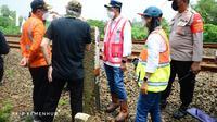 Menteri Perhubungan (Menhub) Budi Karya Sumadi meninjau titik lokasi rencana pembangunan Stasiun Kereta Api Jatake, Kabupaten Tangerang, Banten, Sabtu (6/3/2021). Dok Kemenhub