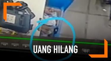 Rekaman CCTV di sebuah minimarket menunjukkan uang di meja kasir yang hilang sendirinya. Para pekerja menduga aksi ini adalah ulah makhluk gaib seperti tuyul.