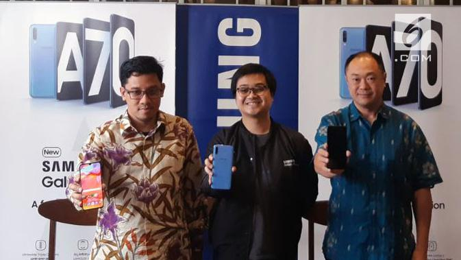 Head of Product Marketing Samsung Mobile Samsung Electronics Indonesia, Denny Galant (kiri) dan Senior Manager Business Development Qualcomm, Dominikus Susanto (kanan), Kamis (7/5/2019). Liputan6.com/ Agustin S. Wardani