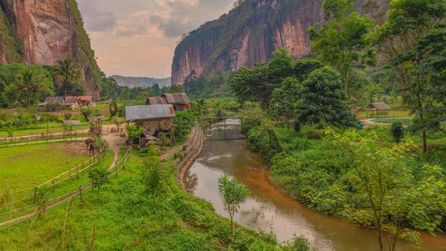 11 Tempat Wisata Di Payakumbuh Terpopuler Perpaduan Alam Dan Budaya Hot Liputan6 Com