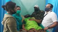 Foto : Korban penganiayaan polisi di Kupang, NTT saat dilarikan ke Rumah Sakit Umum Johannes Kupang (Liputan6.com/Ola Keda)