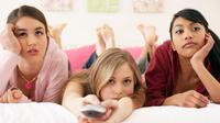 Menonton drama televisi bisa meningkatkan kecerdasan emosional dan membuat seseorang lebih berempati.