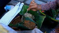 Selain dikenal sebagai kota pahlawan, surabaya juga dikenal dengan beraneka ragam kuliner yang khas.