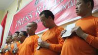 Enam warga ttongkok ditangkap karena salah gunakan visa (Arfandi Ibrahim/Liputan6.com)