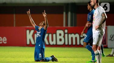 Persib Bungkam PSS di Leg 1 Semifinal Piala Menpora 2021