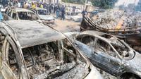Mobil yang terbakar. (Liputan6/Facebook/Borno State Governor)