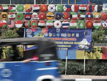 Bendera Negara Peserta Asian Games Hiasi Kali Sunter