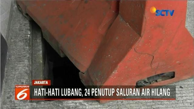 Sebanyak 24 tutup gorong-gorong underpass Mampang hilang. Belum diketahui mengapa penutup menghilang.