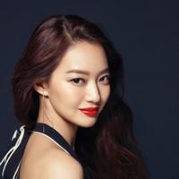 Shin Min Ah (Soompi/ELLE)