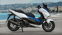 Honda Forza (Foto: morebikes.co.uk).