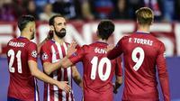 Oliver Torres (nomor 10) pindah dari Atletico Madrid ke FC Porto pada Kamis (25/8/2016). (AFP/Javier Soriano)
