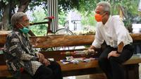 Mbah Min (88) bertemu dengan Ganjar Pranowo.