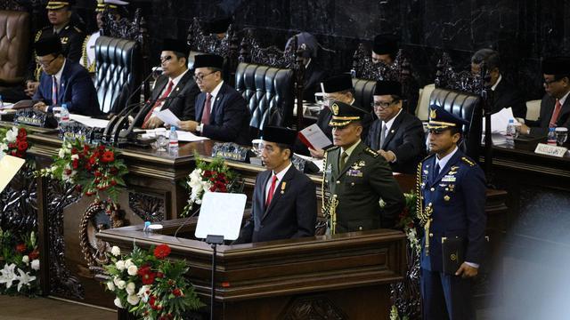 Image result for jokowi pidato di halayak ramai
