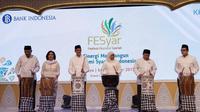 Pembukaan Festival Ekonomi Syariah (FESyar) Indonesia di Surabaya. (Foto: BI)