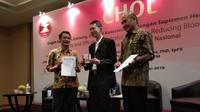 Studi yang dilakukan Clinical Research Support Unit (CSRU) Fakultas Kedokteran Universitas Indonesia menunjukkan konsumsi suplemen herbal Nutrafor CHOL menurunkan koleseterol tinggi. (Foto: Liputan6.com/Giovani Dio)