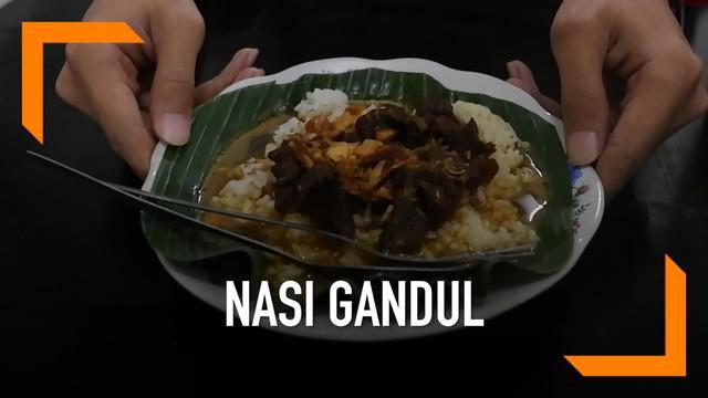 Kuliner khas Pati, Nasi Gandul, bisa menjadi pilihan bagi Anda untuk memanjakan isi perut.