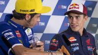 Marc Marquez dan Valentino Rossi. (EPA/Maurizio Brambati)