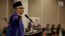 Ketua Umum PAN Zulkifli Hasan memberi sambutan saat deklarasi bergabungnya Partai Idaman ke PAN di di Jakarta, Sabtu (12/5). Ketum PAN menyebut bergabungnya partai besutan Raja Dangdut itu merupakan sebuah kehormatan. (Liputan6.com/Faizal Fanani)