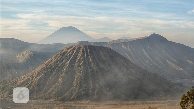Hasil foto Oppo Reno2 dengan 3, 2x optical zoom pada objek pemandangan alam. Liputan6.com/Mochamad Wahyu Hidayat