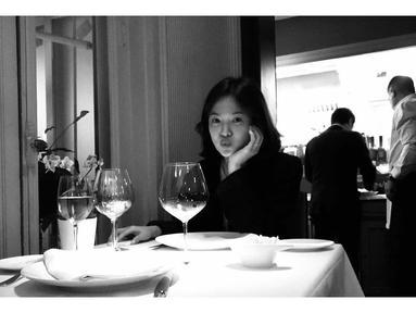Di balik kariernya yang cemerlang, ternyata Song Hye Kyo pernah mengalami kenangan yang buruk. Lantaran ia pernah mendapatkan email yang berisi ancaman dari seseorang. (Foto: instagram.com/kyo1122)