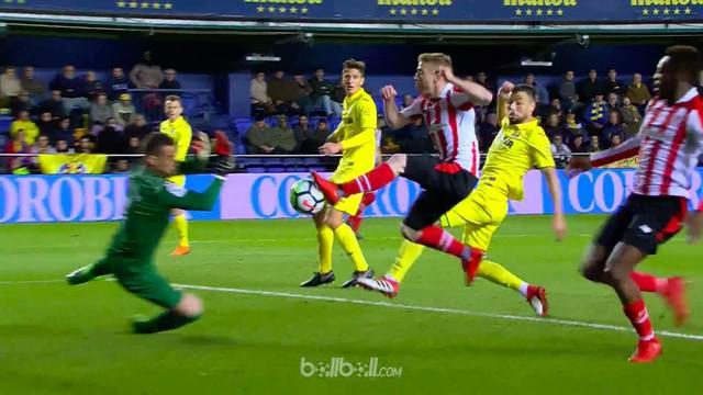 Berita video highlight Villarreal dengan kipernya yang mengesankan kalah 1-3 dari Athletic Bilbao dalam lanjutan La Liga 2017-2018. This video presented by BallBall.