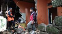 Sebanyak 3.669 Rumah di Kabupaten Sukabumi Rusak Akibat Gempa Lebak. (Liputan6.com/Mulvi Mohammad)