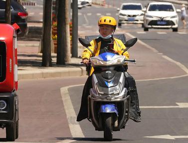 FOTO: Wow, Ada Kendaraan Pengiriman Tak Berawak di China