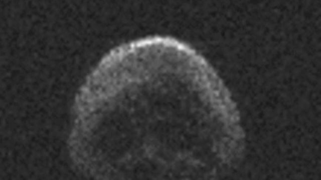Asteroid 2015 TB145 yang berbentuk seperti tengkorak (NASA)