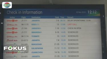 Pesawat Lion Air JT 771 harus delay 7 jam karena mengalami kerusakan lampu indikator.