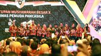 Ketua MPR RI Bambang Soesatyo menerima penghargaan Yanda Satya Pemuda Pancasila atas dedikasinya dalam organisasi Masyarakat Pemuda Pancasila.