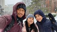 AHY, Annisa Pohan, dan Almira Tunggadewi Yudhoyono. (Screenshot Instagram @agusyudhoyono/https://www.instagram.com/p/B6Ms55knZZ6/Putu Elmira)