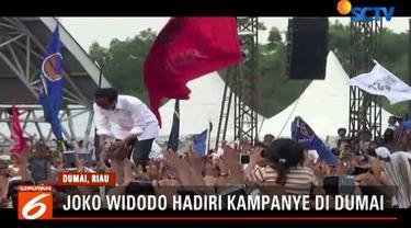 Sebelumnya Jokowi dan rombongan menyambangi Lhokseumawe, Aceh, yang juga menjadi bagian dalam rangkaian kampanye terbuka jelang Pilpres 2019.