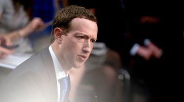 Mark Zuckerberg Hadapi  Kongres Amerika Serikat