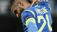 Penyerang Napoli, Lorenzo Insige melakukan selebrasi usai mencetak gol ke gawang Liverpool, Kamis (4/10/2018) dini hari WIB.  (AFP / Filippe Monteforte)