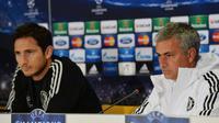Frank Lampard dan Jose Mourinho (AFP/Daniel Mihailescu)