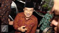 Halal bihalal di kediaman Wapres Jusuf Kalla diwarnai kericuhan. Sementara kawasan Pantai Ancol, Jakarta Utara dibanjiri 15 ribu pengunjung.