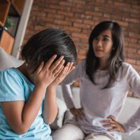 Dampak negatif umpatan dan kalimat negatif pada anak./Copyright shutterstock.com/g/oduaimages