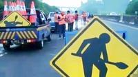 Longsor di Tol Purbaleunyi menyebabkan kemacetan panjang. Sementara itu, gelaran EMTEK Goes to Campus berlangsung di Malang.