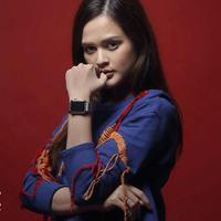 Cut Meyriska, pemain film Jaran Goyang. (Fotografer: Bambang E. Ros, Digital Imaging: Muhammad Iqbal Nurfajri /Bintang.com)