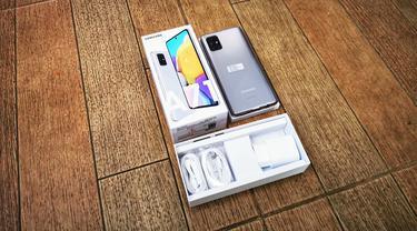 Samsung Galaxy A71 Edisi Baru dengan Warna Haze Crush Silver