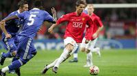 Cristiano Ronaldo membela Manchester United dalam final Liga Champions 2007/08 menghadapai Chelsea 21 Mei 2008. EPA/SERGEI CHIRIKOV