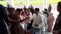 Anies-Sandi Temui Presiden Jokowi di Istana Bogor. (Merdeka.com/Intan Umbari P.)