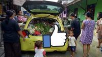 Honda Brio digunakan untuk berdagang sayur (@jayapuraupdate).