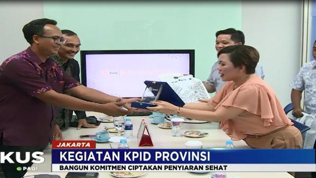 Kunjungan KPID DKI Jakarta dengan struktur organisasi yang baru ini disambut baik oleh jajaran pimpinan Emtek, baik dari SCTV, Indosiar dan O Channel.
