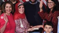 Ilhan Omar (hijab) dan Rashida Tlaib,(kacamata) terpilih menjadi anggota Kongres AS. (dok.Instagram @rashidatlaib/https://www.instagram.com/p/BsMPwIaH_NH/Henry
